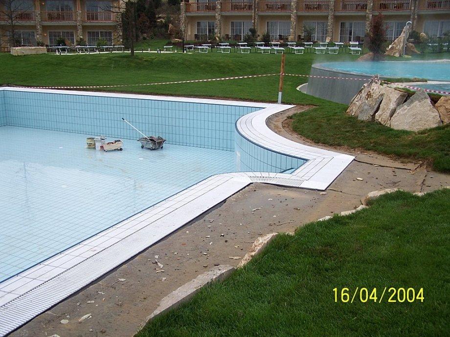 Piscina Albergo Adler Terme BAGNO VIGNONI TOSCANA - Pool Market Righi